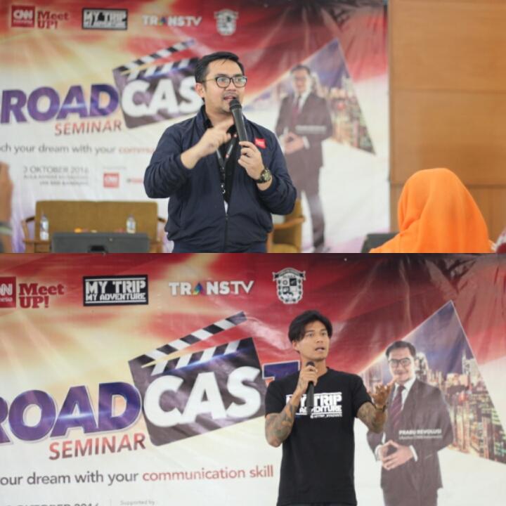 Marshall Sastra dan Prabu Revolusi sebagai bintang tamu di acara seminar broadcasting yang diselenggarakan oleh LPM Suaka pada Senin, 3 Oktober 2016 kemarin. Foto: abdulrizalll