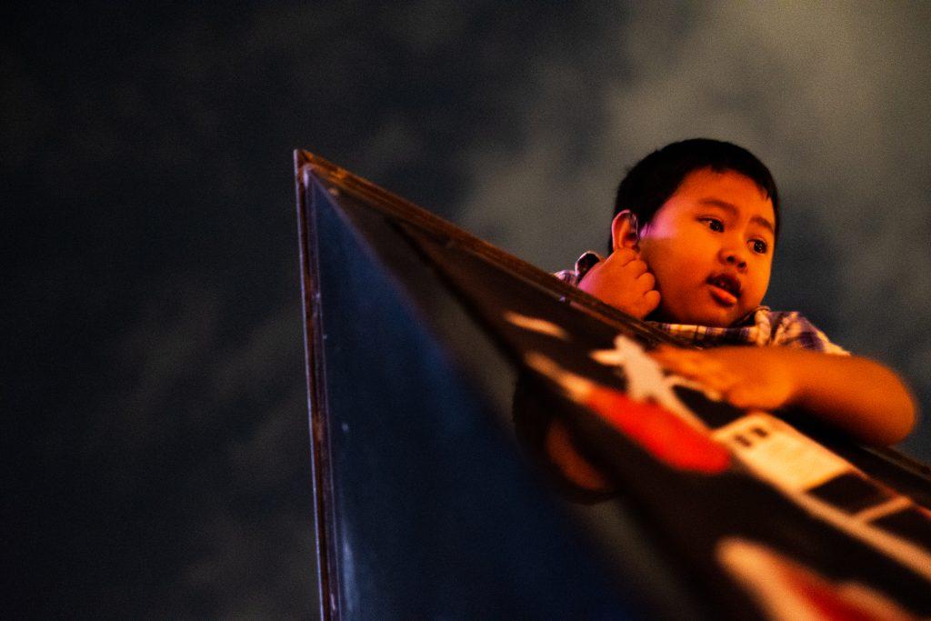 Seorang bocah turut mengikuti Aksi Kamisan ke-360 (Ilyansyah Nashrul/Parasastra)